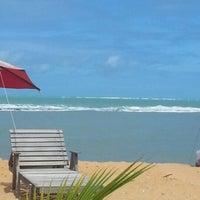 Foto tirada no(a) Praia de Tabuba por Marcio J. em 8/15/2012
