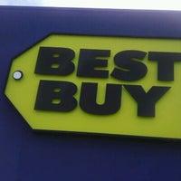 Photo taken at Best Buy by Benton on 6/6/2012