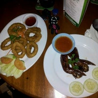 Photo taken at Star Village Museum Steak House by Dayana T. on 5/6/2012