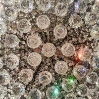 Foto tirada no(a) Lustres Yamamura por Márcio T. Suzaki 洲. em 9/13/2012
