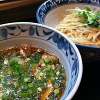 Photo taken at 麺屋 どげんか by Hiroyuki K. on 3/16/2012