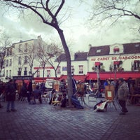 Photo taken at Place du Tertre by MikaelDorian on 3/5/2012