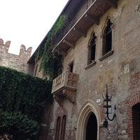 Снимок сделан в Verona пользователем Isabel 8/30/2012