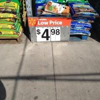 4/5/2012にMichael T.がWalmart Supercenterで撮った写真