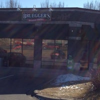 Photo taken at Bruegger's Bagels by Rick T. on 2/12/2012