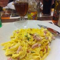 Photo taken at Pizza Del Arte by Taïna K. on 5/7/2012