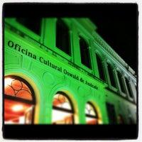 Foto tirada no(a) Oficina Cultural Oswald de Andrade por Rodrigo A. em 8/3/2012
