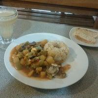 Photo taken at Restaurante Vegetariano Bio Leben by MicHeLL on 6/6/2012