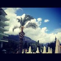 5/19/2012 tarihinde Регина Т.ziyaretçi tarafından Grand Ring Hotel'de çekilen fotoğraf