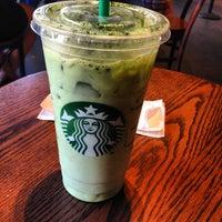 Photo taken at Starbucks by Lena Yujung L. on 7/8/2012