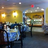 Das Foto wurde bei The Tea Shoppe von Ryan B. am 5/30/2012 aufgenommen