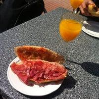 Photo taken at Restaurante Ibéricos by ® on 3/9/2012