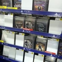 Photo taken at Best Buy by Christian H. on 11/6/2011