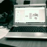 Foto tomada en Biblioteca Universidad Andrés Bello por Max C. el 6/21/2012
