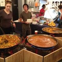 1/14/2012 tarihinde Christopher L.ziyaretçi tarafından Neighbourgoods Market'de çekilen fotoğraf
