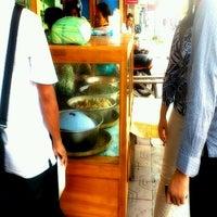 Photo taken at Sambel Goreng Krecek Mbah Padmo by kawaii_uthie m. on 12/22/2011