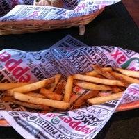 Foto diambil di PepperJax Grill oleh Jason T. pada 4/2/2011