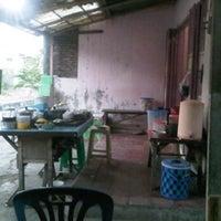 Photo taken at WR. Mbak Mar by Chakiim L. on 8/7/2012