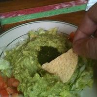 Das Foto wurde bei Lupe's East LA Kitchen von Roy H. am 12/21/2011 aufgenommen