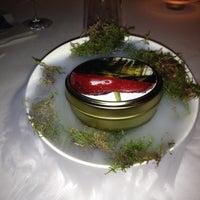Das Foto wurde bei Ciel Bleu Restaurant von J Pablo A. am 1/24/2012 aufgenommen