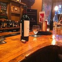 รูปภาพถ่ายที่ The Wooden Vine โดย Liz E. เมื่อ 3/16/2012