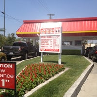 Photo taken at In-N-Out Burger by Stella S. on 4/22/2012