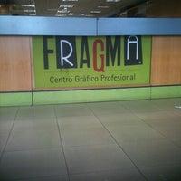 Foto tomada en FRAGMA. Centro Gráfico Profesional. por Laura R. el 8/18/2011