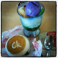 Photo taken at Chowking by Migs M. on 6/24/2012