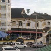 Photo taken at Masjid hiliran by Mohd Radzman i. on 11/4/2011