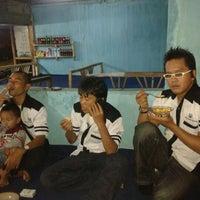Photo taken at Jagung Bakar & Sate Kelinci by Maaf T. on 4/14/2012