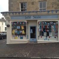 Das Foto wurde bei Jaffe & Neale Bookshop & Cafe von Martin T. am 6/6/2012 aufgenommen