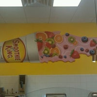 Photo taken at Smoothie King by Jessica R. on 11/5/2011