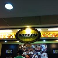 Foto tirada no(a) Bombom por Silvana B. em 12/11/2011