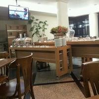 Foto tirada no(a) Cambirela Hotel por Tauser C. em 10/31/2011