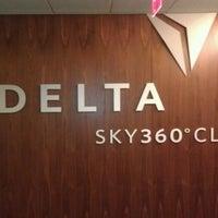 Das Foto wurde bei Delta Sky360 at Madison Square Garden von D am 12/1/2011 aufgenommen