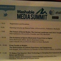 Das Foto wurde bei Mashable Media Summit 2011 von Stefanie R. am 11/4/2011 aufgenommen