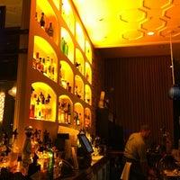 Foto scattata a Jsix Restaurant da David K. il 7/10/2011