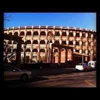 Foto tomada en Plaza de Toros de la Misericordia por Rodrigo C. el 2/14/2012