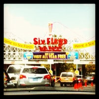 Photo taken at Six Flags Hurricane Harbor by Zarek S. on 9/10/2012