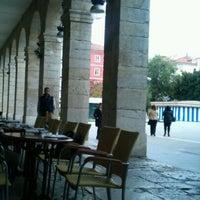 Photo taken at Café de Pombo by Fernando L. on 12/7/2011