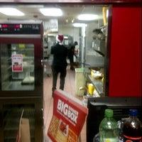 Photo taken at Pizza Hut by Nuriko P. on 12/20/2011