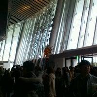 Photo taken at シルク・ドゥ・ソレイユ シアター 東京 by kiriki y. on 12/3/2011