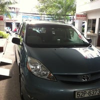 Photo taken at Toyota Ly Thuong Kiet by Dat P. on 9/30/2011