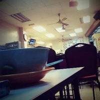Photo taken at Restoran 1 Malaysia by Dexie L. on 9/26/2011