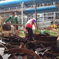 Photo taken at โรงงานน้ำตาลเอราวัณ by อ้วน อ. on 8/24/2012