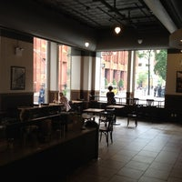 Photo taken at Starbucks by Serkan Ü. on 5/21/2012