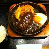 Photo taken at 陶板焼きハンバーグ 俵屋じゅう兵衛 by yuki_air on 1/9/2012