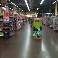 Photo taken at Walmart Neighborhood Market by Atraio N. on 3/12/2011