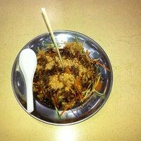 Photo taken at Restoran Choice by Syakirin S. on 5/22/2012