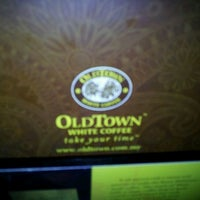 Photo taken at OldTown White Coffee by ♔Nathery Y. on 10/27/2011